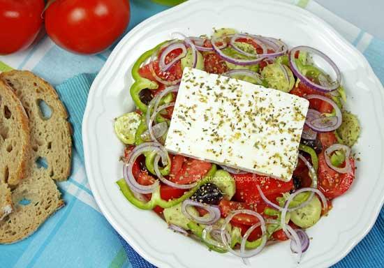 Χωριάτικη (Horiatiki) salad with feta and olives